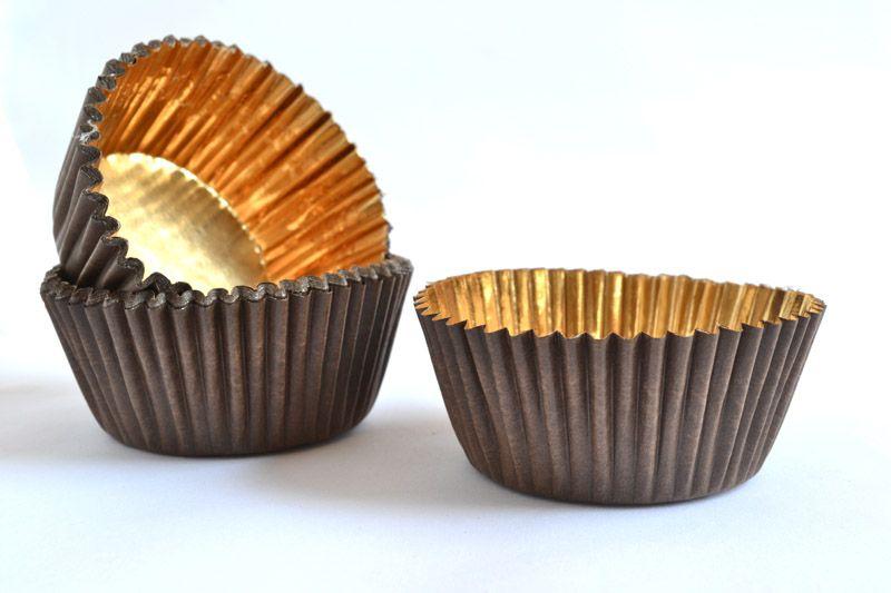 Košíčky na pralinky 500ks tmavohnedé so zlatým vnútrom